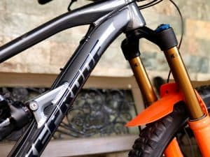 What is Lockout on Mountain Bike Forks