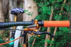 How to Adjust Brake Levers on a Mountain Bike