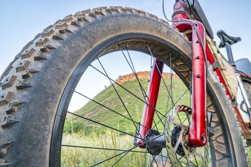 When is the right time to replace mountain bike tires