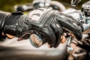 What Should I Look For in Motorcycle Gloves